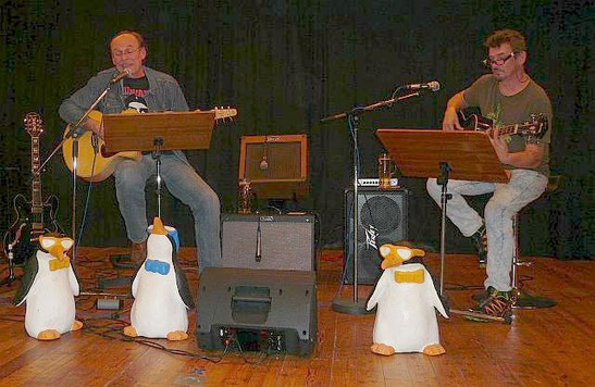 """Matt Meiler, Jaco """"Bürsti"""" Bürstinger, Pinguin-Trio"""