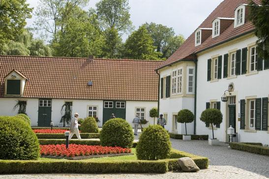 Ehemaliges Rittergut - heute Haus des Gastes © Stadt Preußisch Oldendorf