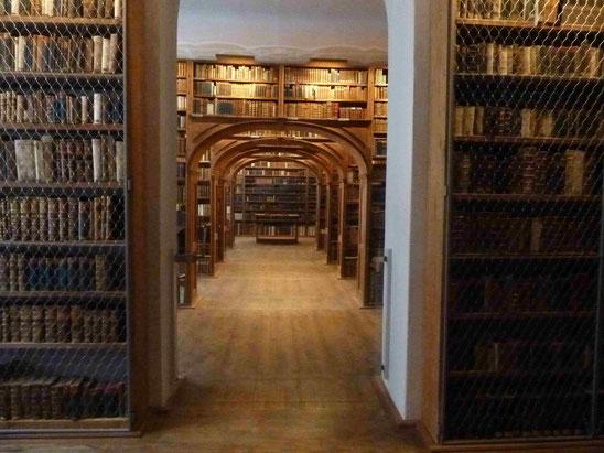 Historische Bibliothek in der Neißstr. 30