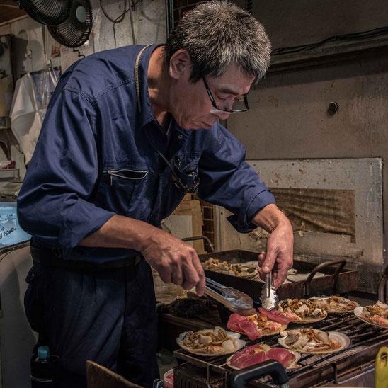 Tsukiji, le prelibatezze del mercato del pesce