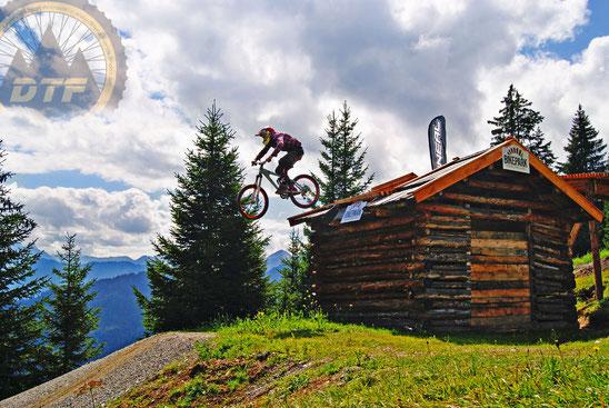 Rider: Forsti // Pic: Nutty // Spot: Serfaus
