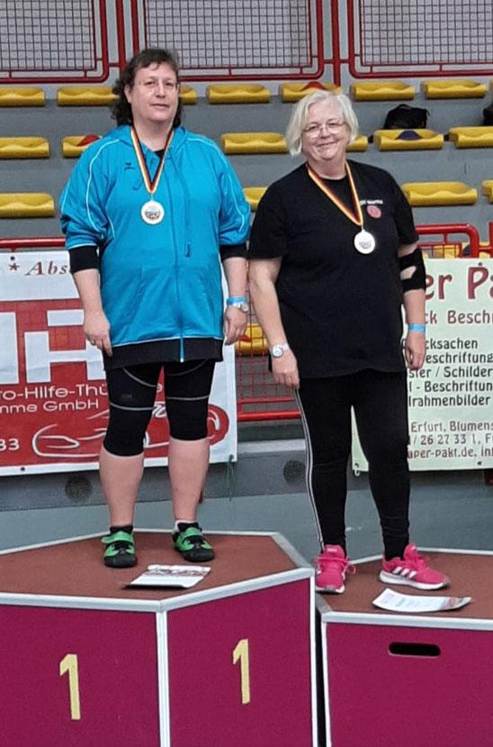 """Das """"Zweigestirn"""" (links Ulrike Schiele und rechts Claudia Ernst-Offermann) holte Gold und Silber und ist stark im Aufwind."""