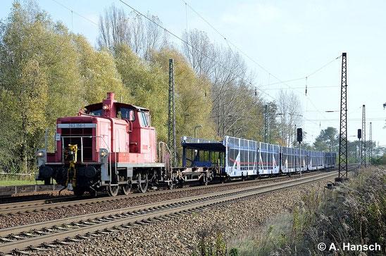 Am 29. Oktober 2014 durchfährt 363 156-1 mit kurzem Güterzug Leipzig-Thekla