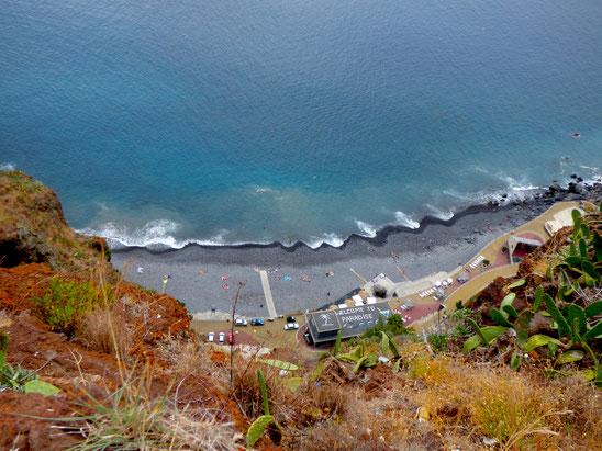 Madeira - Kiesstrand in Garajau