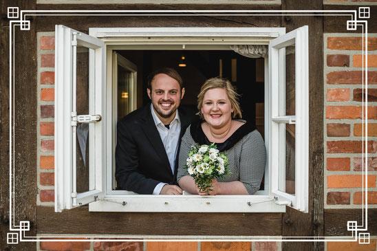 Brautpaar, Fenster
