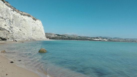 Weiße Felsen bei Eracleon.