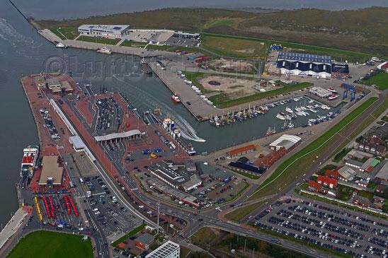 Norddeich Hafen Fähre zur Insel Norderney Juist