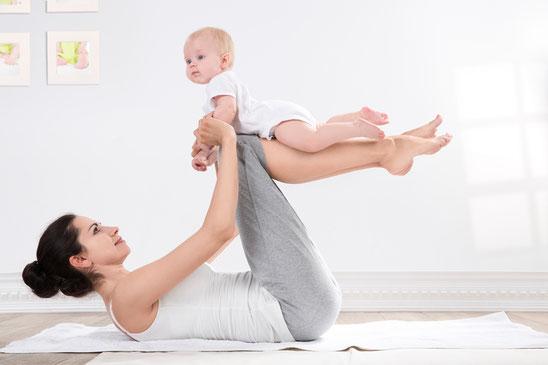 Yoga nach der Schwangerschaft zur Rückbildung
