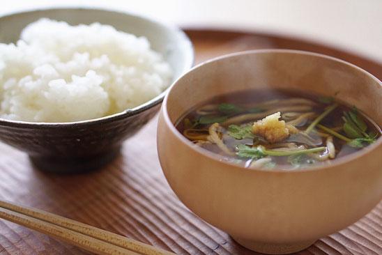 ごはん 味噌汁 ごはんと味噌汁 一汁一菜 和食 味噌汁クリエイター 料理家