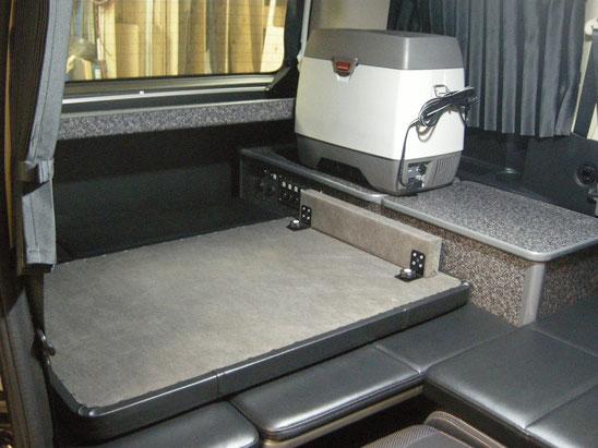 C25セレナで車中泊・キャンピング仕様を製作しました