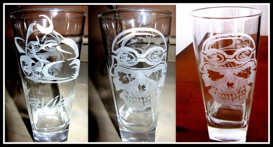 """Gravure sur verre """" Tête de Mort """""""