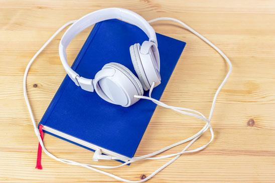 Reden und Talks einfach per Mikrophon aufnhemen und zuhause mit Kopfhörern in Ruhe anhören