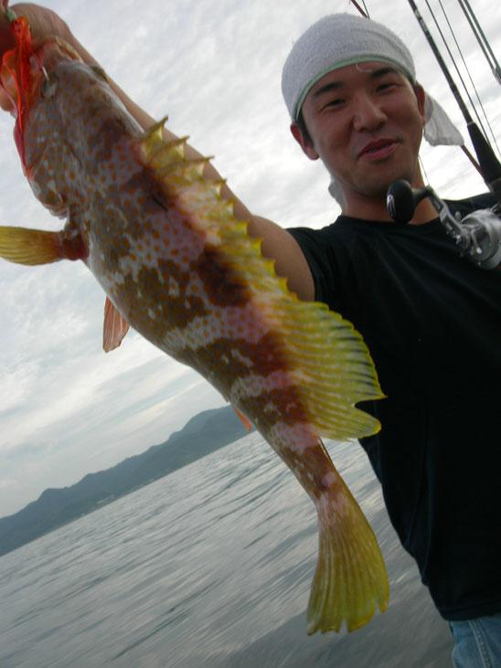 ↑釣り初めて。いいヨネズGETしてくれました。
