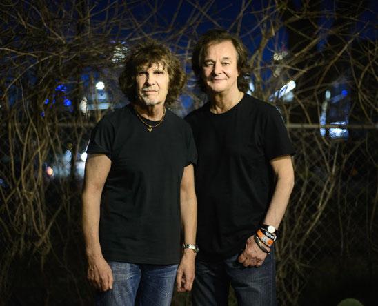 Die beiden Zombies-Bandleader Rod Argent und Colin Blunstone reisen mit einer fünfköpfigen Band an. Foto: Jacob Blickenstaff
