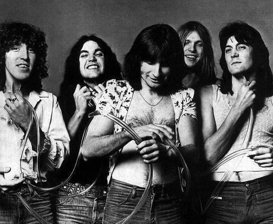 Der knackige Hardrock von UFO war Ende der 70er-Jahre Inspiration für viele junge Bands, die später in der Blütezeit des 80er-Metals Karriere machten. Hier ein Bandfoto von 1976.