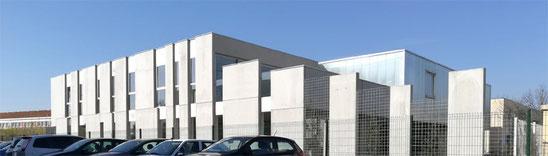 2018 - Bureaux et espace d'exposition à  Salon de Provence (13) - Tranche 2 - MO: Société Gest On Line - Surface: 290 m² SDP  - Budget: 515 K€ HT
