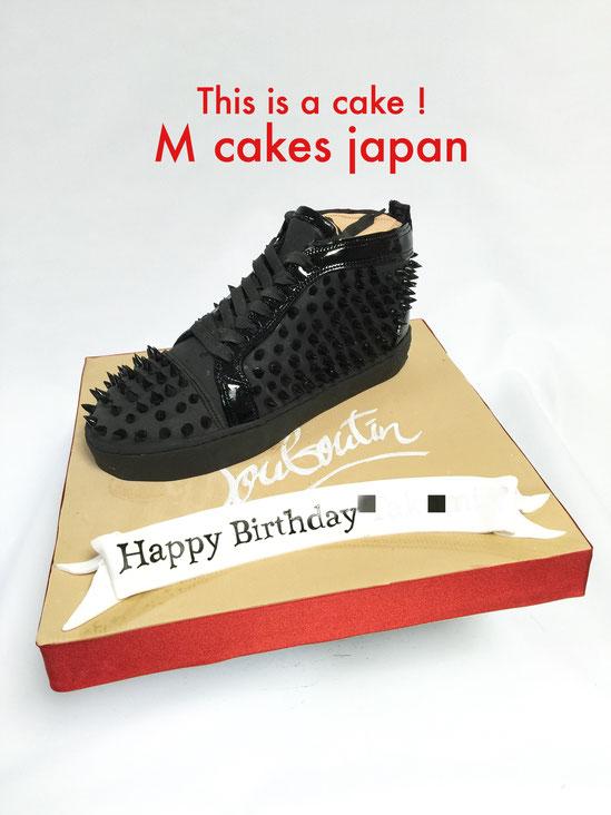 #louboutinsneaker #cake #louboutincake #louboutin #kicks #fondantcake #fashion #sneakercake #ルブタン #スニーカー #誕生日ケーキ #ファッション