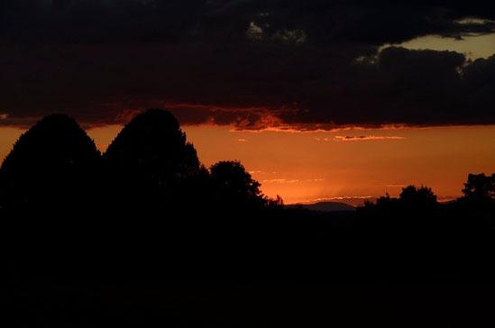 AincaArt, Ainca Gautschi-Moser, Foto und Text, writer photographer, www.aincaart.ch, Quersatz, sunset, sonnenuntergang