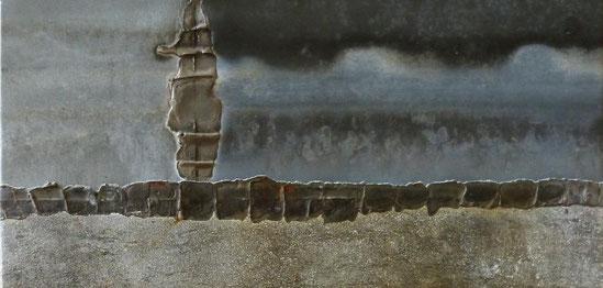 Sophie sur le mur d'Hadrien 60 x 30 cm