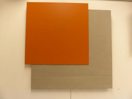 TABLEAU BETON gris clair / Carré orange  110X110