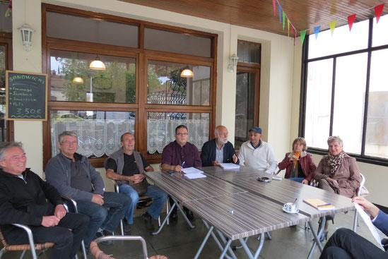 Le maire et les élus en conférence de presse à Alès le 7 octobre 2014