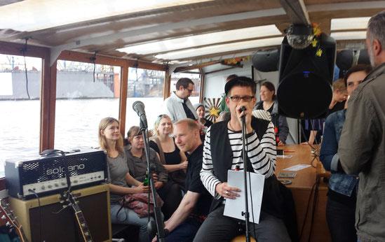 Autorenlesung Frau Hedi auf der MS Claudia, Hamburg 2016