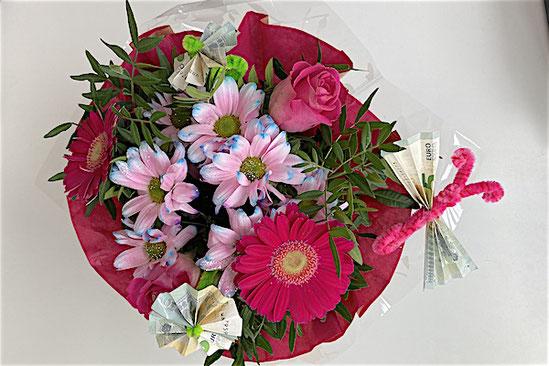 Frühling Geldgeschenk Blumenstrauß kreative Idee für Teenager Mädchen und Jungen