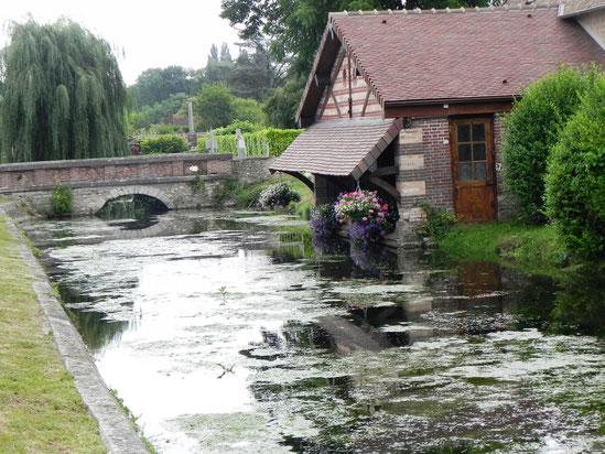 le lavoir du canal du Chateau