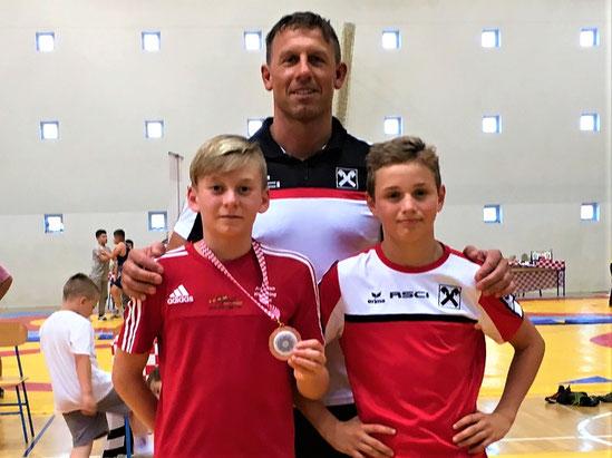 Unser Trainer Guggi ist sichtlich stolz auf die Erfolge die in Kroatien errungen werden konnten
