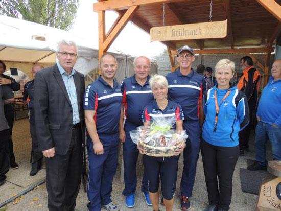 1. Platz SV Hernstein mit Rauch Gregor, Reith Franz, Wöhrer Andrea und Dresch Hans