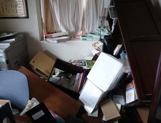 あるご家庭の書斎 / スリープキューブ和多屋