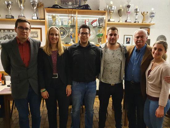 v.l.n.r: Erich Unruh (2. Vorsitzender), Nina Peterhans (Pressewart), Daniel Schroth (Kassier), Kevin Schneider (Beisitzer), Alfred Gerwig (1. Vorsitzender) und Selina Egger (Personal)