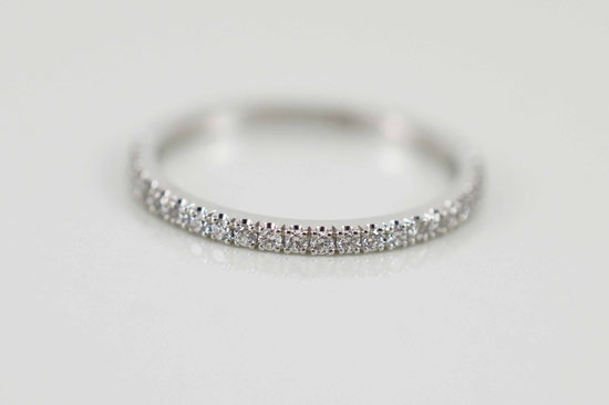 alliance femme 1.5mm or blanc et diamants
