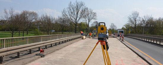Vermessung für die Brückeninstandsetzung von der Bestandsaufnahme bis zum Gradientenausgleich