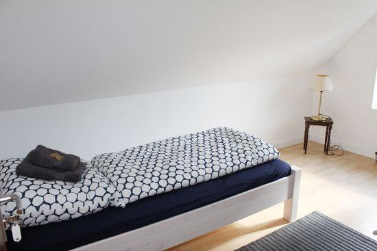 Bettwäsche und Handtücher inklusive beim Zimmerpreis