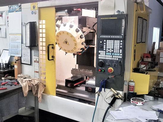 Fräsmaschine Fanuc Robodrill A-T14IF
