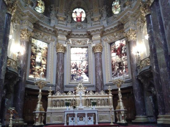 Der Altar des Berliner Doms, Fensterbilder: Glaube, Liebe und Hoffnung