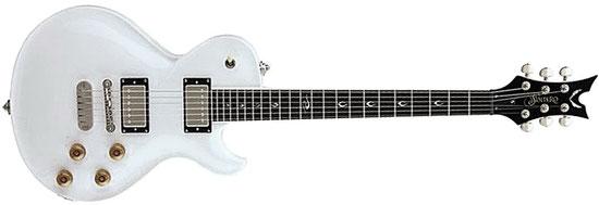 Dean Soltero (Südkorea, 2009), mit USA Custom Shop Pickups Bacer Act (Bridge) & Nostalgia (Hals). Erinnert an die Gibson Les Paul, klingt aber weicher & ausgewogener. Jerry Cantrell von Alice in Chains und Lesly West spielen so ein Teil.