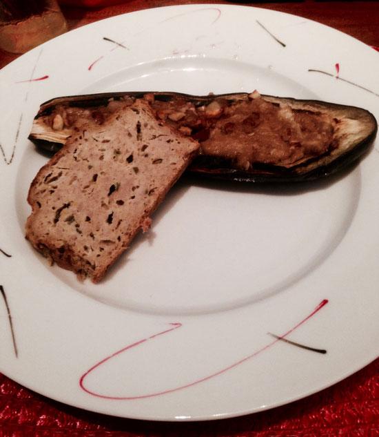 Chaud ou froid, accompagné d'une salade ou d'un légume farci, le cake au thon est déclinable à l'infini.