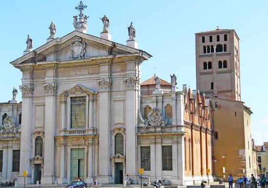 世界遺産「マントヴァとサッビオネータ(イタリア)」、マントヴァ大聖堂