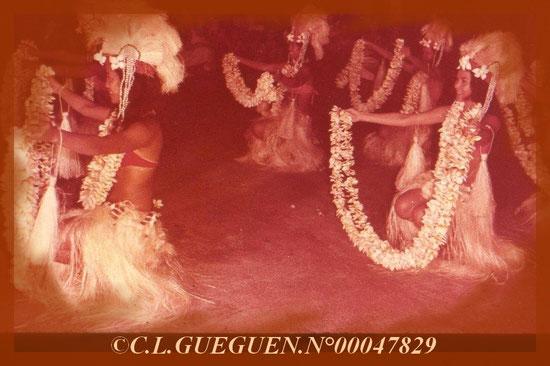 Un autre très beau ballet Tahitien auquel j'avais pu assister, extraordinaire!