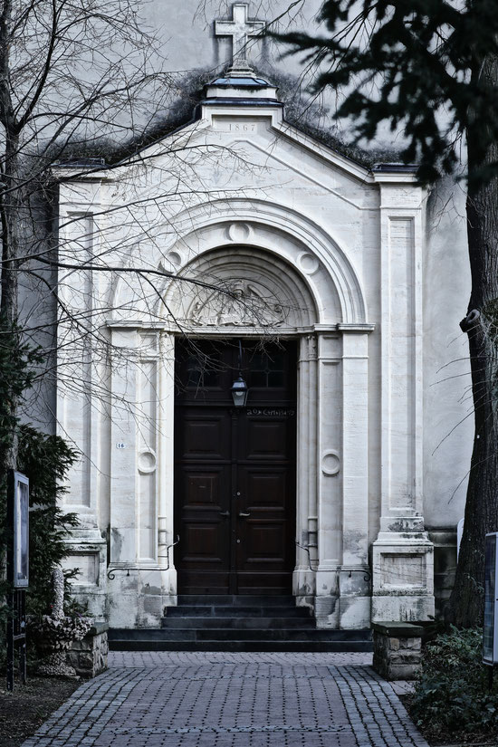 Kirche St. Alban in Bodenheim Rheinhessen Mainz Blitzlichtkabinett Jagoda