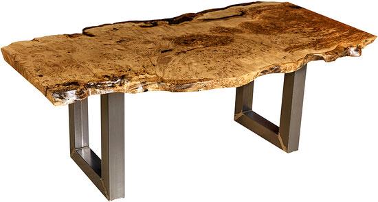 Kunstmöbel Eiche Naturholztisch: kunstvoller Holztisch aus außergewöhnlichen Naturhölzern, einzigartige Möbel mit Alleinstellungsmerkmal, besonderer Esstisch Natur Kunstwerk