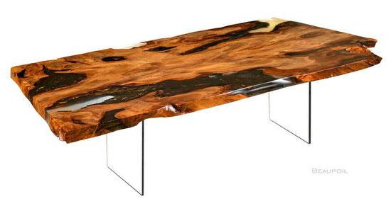 Exklusiver Designer Esstisch als edles Möbel Kunstwerk, großer Kauri Wurzeltisch mit Glasfüßen, Luxus Design Holztisch