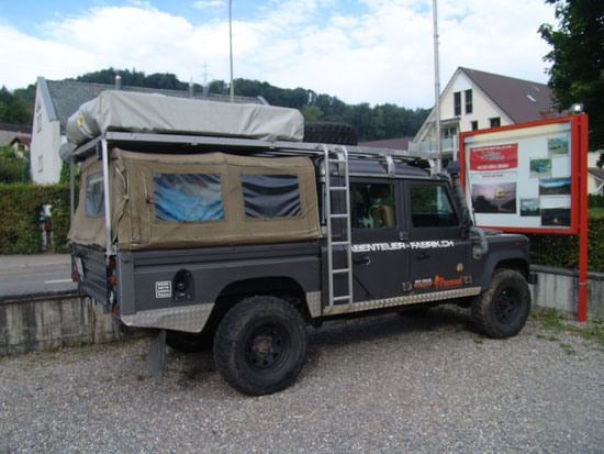Volle 3,50 Lädeflache, Dachträger fest mit dem Land Rover Verschraubt. Passend für alle HCPUPassend für alle HCPU
