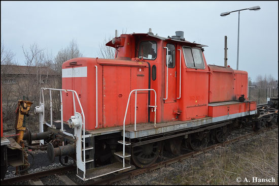 Die in Espenhain abgestellte 362 801-1 ist eine von mehreren Ersatzteilspendern der PRESS. Das Bild entstand am 21. März 2015