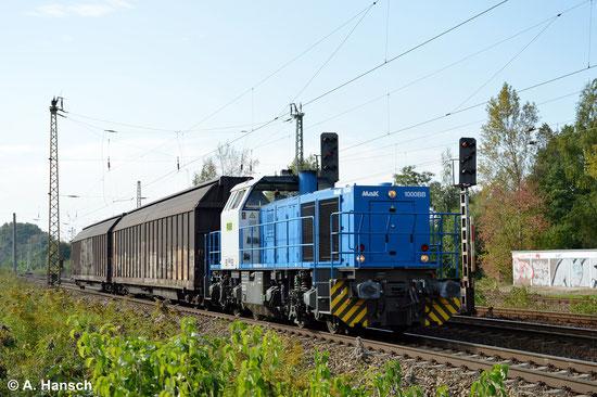 Am 18. September 2014 zieht die gleiche Maschinen einen kurzen Schiebewandwagenzug durch Leipzig-Thekla