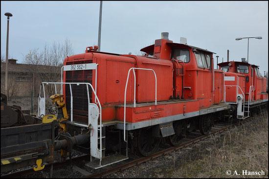 Die PRESS besitzt einige Loks der BR 362/363, die z.T. auch als Ersatzteilspender dienen. So auch 362 562-1, die ich am 21. März 2015 in Espenhain fotografierte