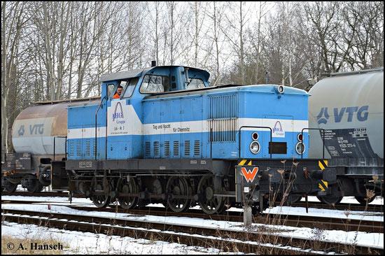 Lok 3 ist eher selten im Einsatz zu sehen. Am 8. Februar 2015 fuhr mir die Lok vor die Linse