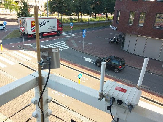 ドルトレヒトの交差点に設置されたスキャナー